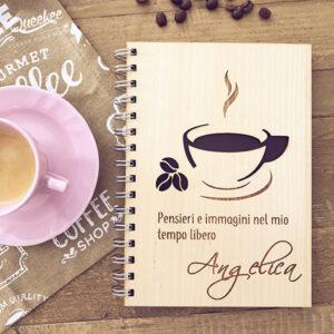 quaderno personalizzato in legno inciso con tazzina di caffè