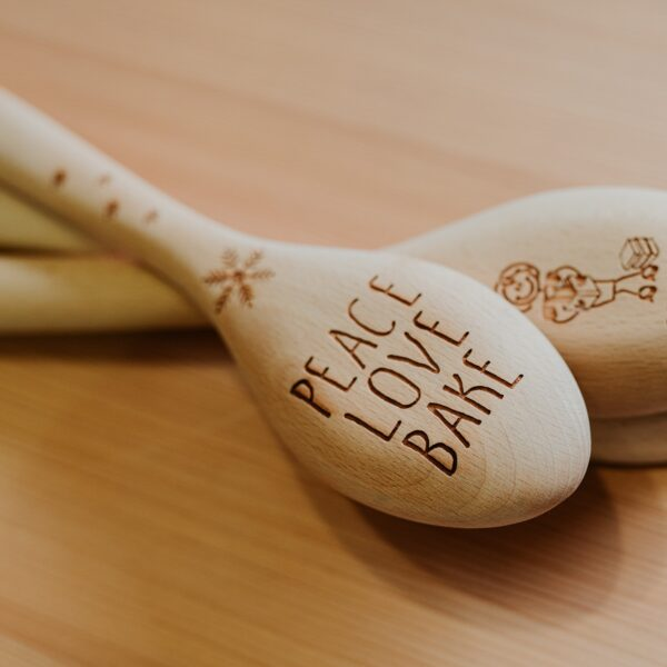 cucchiarella peace love bake