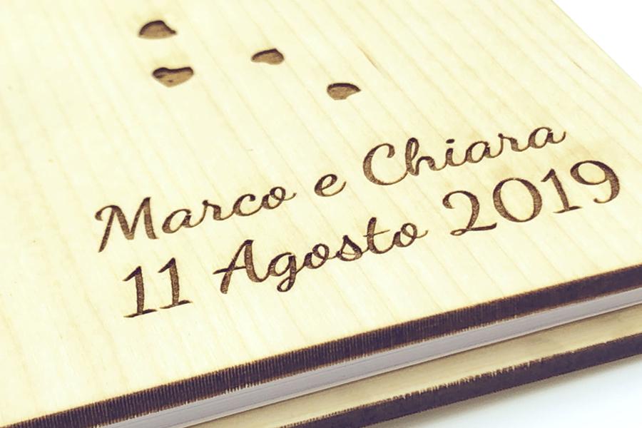 guestbook in legno sposi