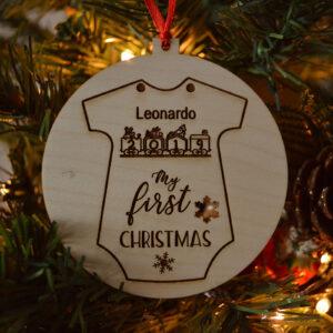 decorazione natalizia palla con tutina